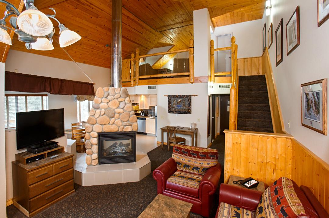 Premier Loft King Suite Jetted Tub